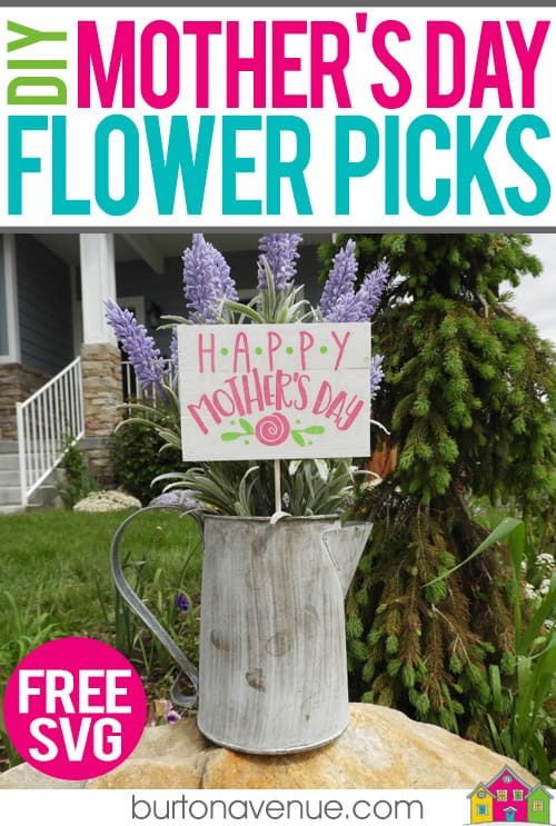 Mother's Day Gift Ideas for Silhouette & Cricut: Make a custom flower pick for Mother's Day with your silhouette or cricut. These cute picks are quick and easy to make and are great for gifts. #mothersdaysilhouette #mothersdaycricut #mothersdaysvg